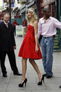 taylorswiftcokecommercial20092_d8t7drs323f1jp0xmb50.jpg